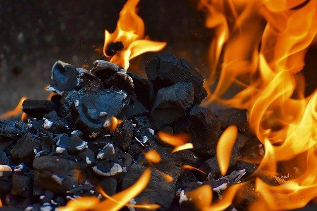 plameny ohně