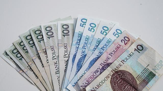 vějíř polských bankovek