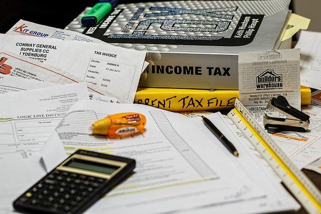 stůl pro účetní